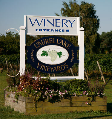 Laurel Lake Vineyards Long Island Ny